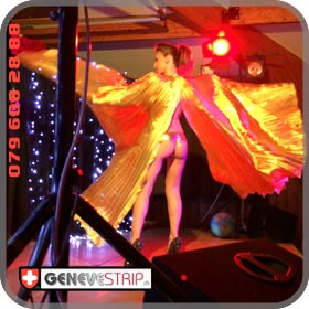 Eva Lausanne Stripteaseuse